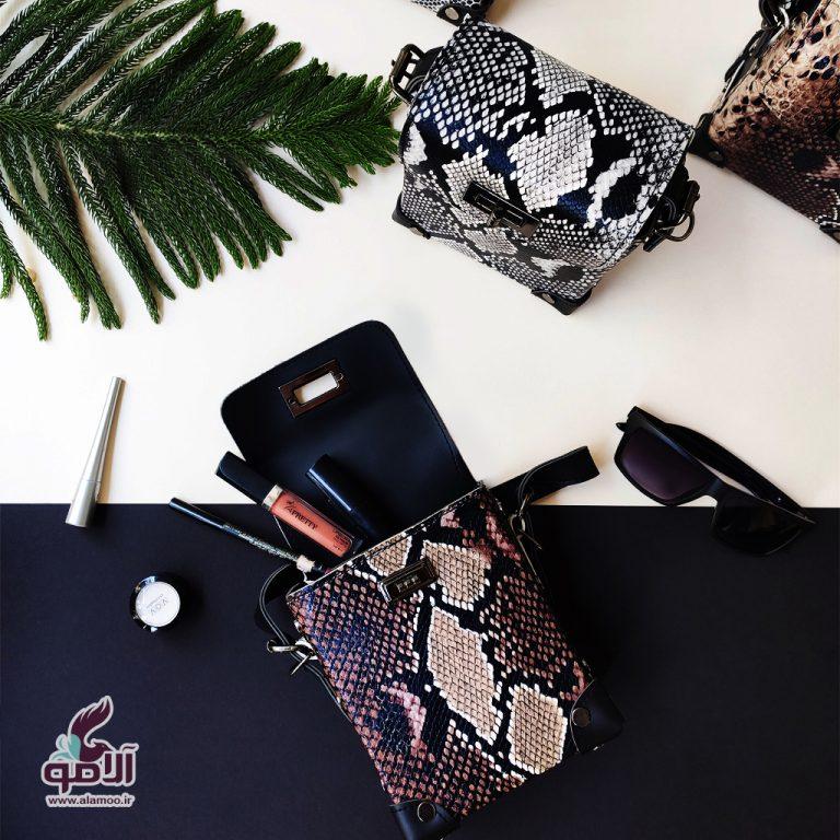 کیف دوشی زنانه مدل پوست ماری کد B108